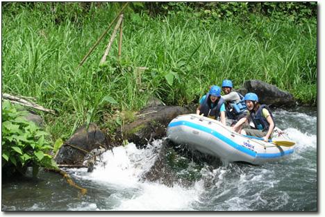 Rafting di sungai telaga waja, ayo!