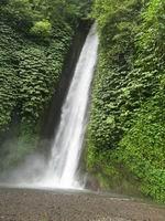 munduk-waterfall1.jpg